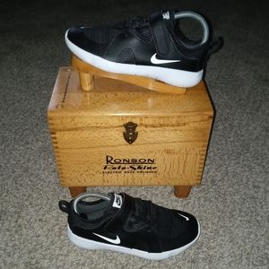 Pre-owned worn 1x nike flex contact 3